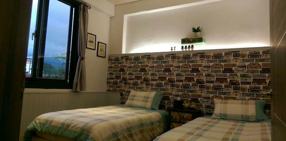 *花蓮小阿姨的家*雅緻雙人房(單人床2張)獨立衞浴  另有二個房源提供 - Hualien City - Oda + Kahvaltı