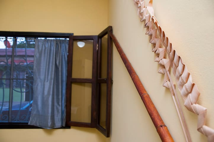 #02 Budget Friendly Single Room - Antón - House