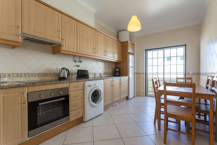 Sunny Large 3 Bedroom Apartament in Loulé, Algarve - Loulé - Departamento