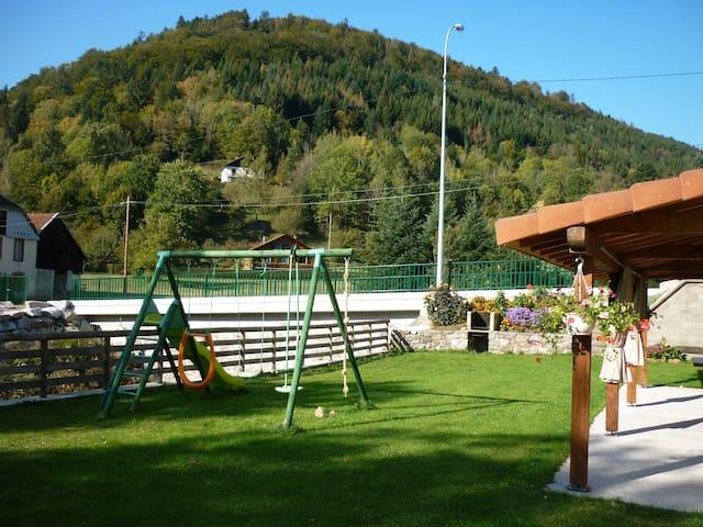 gite les charbonniers - Saint-Maurice-sur-Moselle - Lägenhet