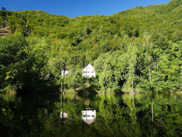 Summer house by the river Idrica - Slap ob Idrijci - Casa
