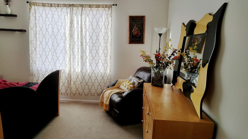 A suite in a New House - Menifee