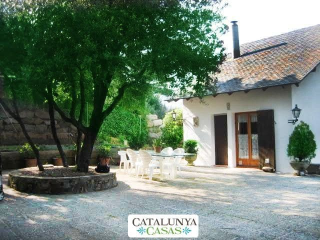 Villa Sallent for 5 people, only 35km from Barcelona and the beach - Barcelona Region - Villa