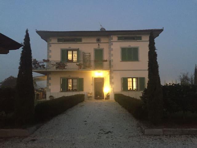 Comodo attico Pistoia Firenze Prato - Quarrata - Loft