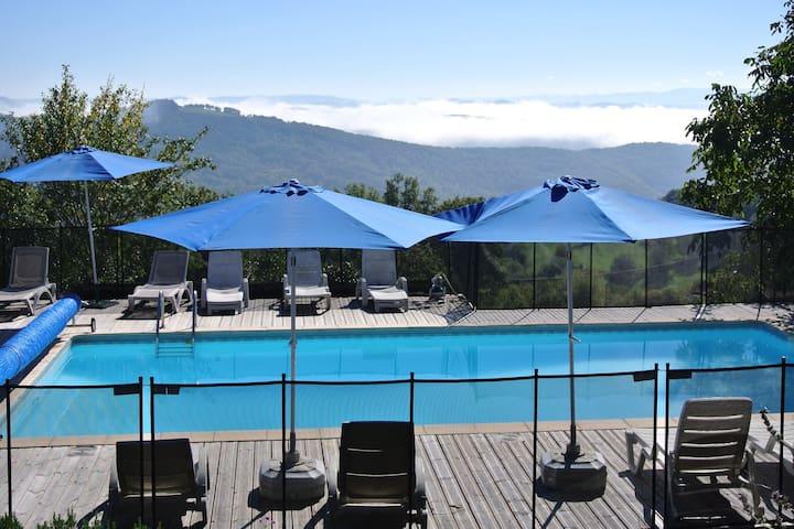 A gite with a view - Broquiès - Casa