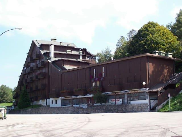 Appartamento in montagna fronte piste da sci - Nevegal - Appartement