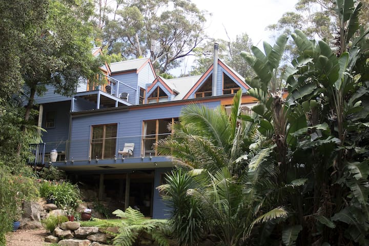 Ocean Blue B and B - Sandpiper Spa Suite - Stanwell Park - Bed & Breakfast