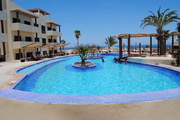 Pool Side Studio near the beach - La Ventana