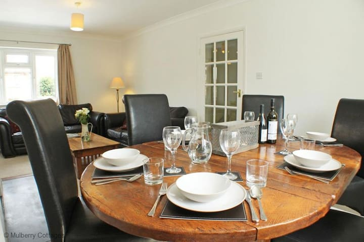 The Little Forge Apartment  Sleeps 6  in one of the prettiest areas in Kent, The Weald - Sevenoaks