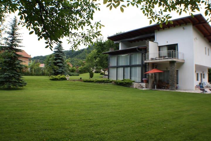 Villa Sendy - Σαράγεβο - Βίλα