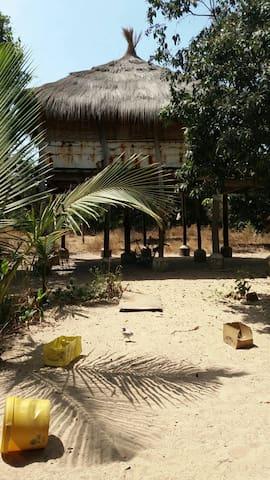 Lovely treehouse in Carabane - Ziguinchor, SN - 트리하우스