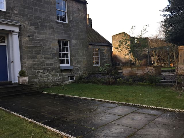 Old Distillery Private Flat - Burntisland - Appartement