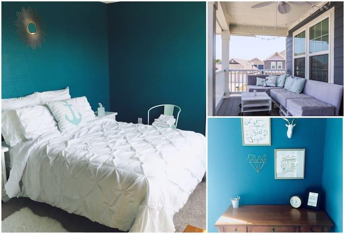 Spacious bedroom w/balcony access - Denton - Dom