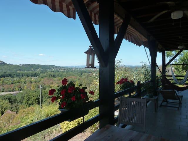 BALCON SUR LA DORDOGNE - Vayrac - Villa