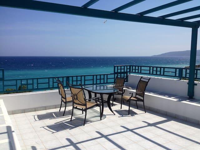 AgiaFotiaBeach Maisonette Apartment - Chios - Apartemen
