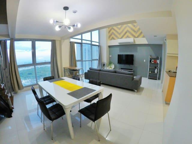 New minimalist 2BR LOFTpenthouse QC - Quezon City - Loft