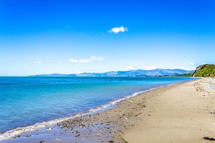 Earth Cabin, Beachfront Eco-Retreat, Golden Bay - Onekaka - Cabaña