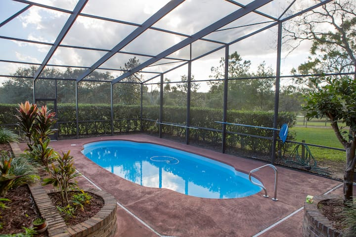 Private room in country home & pool - Mount Dora - Talo