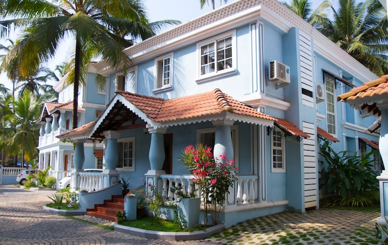 French Room in Luxury family home - 西奧利姆(Siolim)