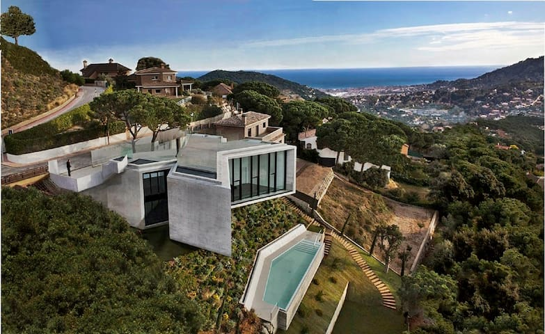 Villa Barcelona jacuzzi-sauna-pool. - Cabrils - 別荘