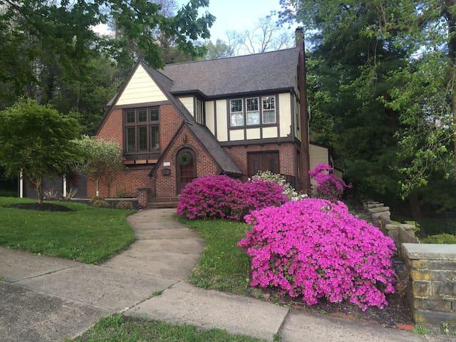 Perfect LLWS Home Rental - Williamsport