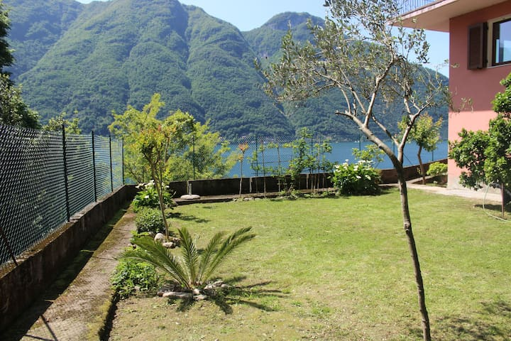 Garden on the lake, casa La Vigna - Nesso - Hus