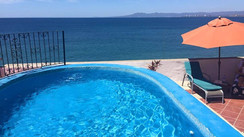 Malecon 1 ocean front studio ! OCEAN VIEW - Puerto Vallarta - Appartement