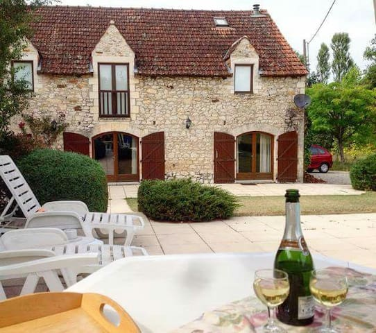Beautiful converted Barn close to Sarlat - Sarlat la Caneda  - Hus