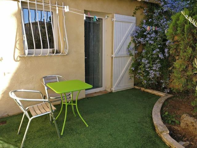 Studio in the garden - Aubagne
