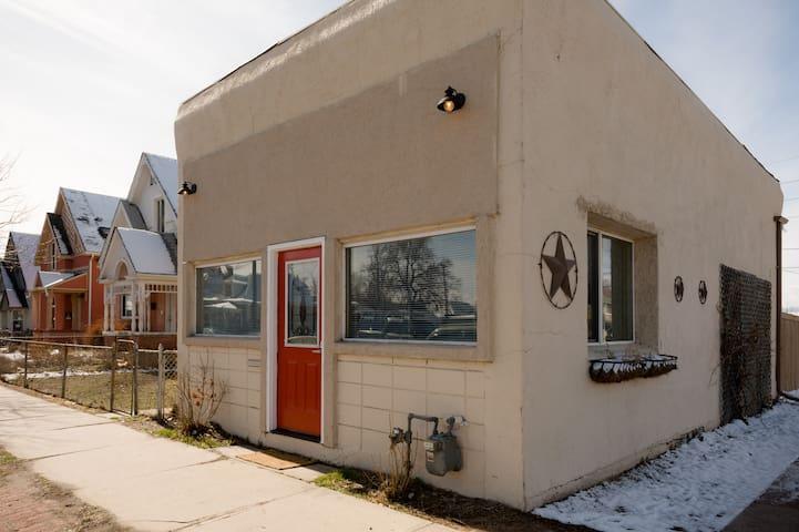 Modern Home in the Art District - Denver