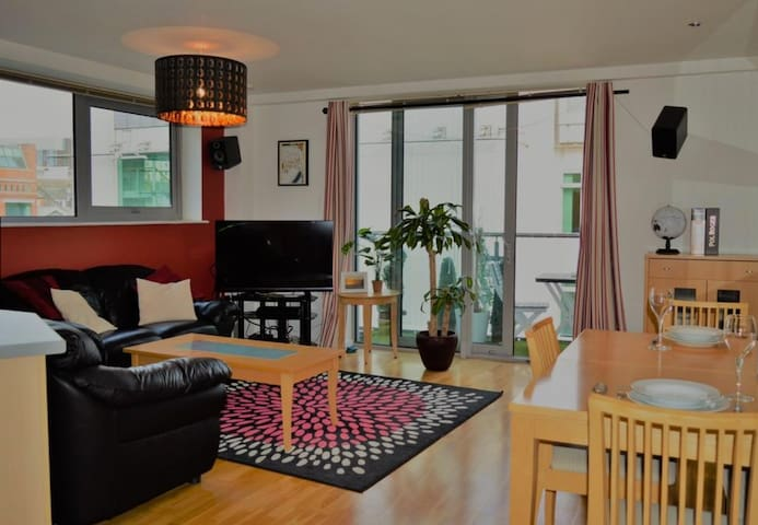 Spacious City Centre Flat in Leeds - Top Location - Λιντς - Διαμέρισμα