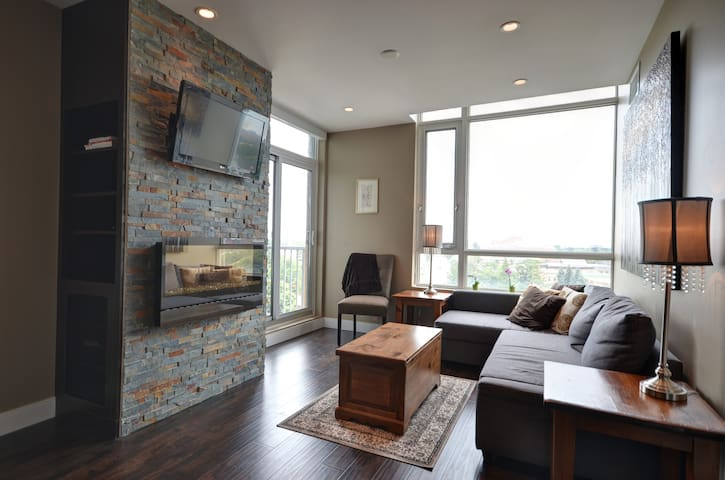 Uptown Loft with Gorgeous View - Waterloo - Loft