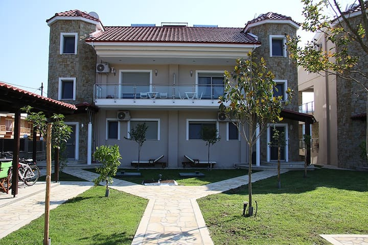 Toroni Luxury Villas - Orange villa - Toroni - Villa