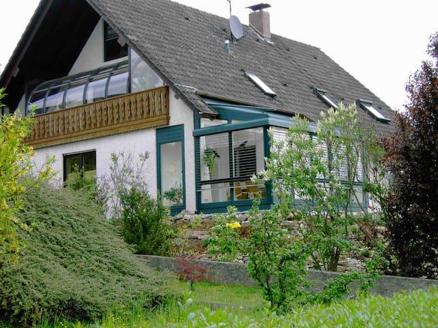Liebevolle Unterkunft nahe Bamberg - Stettfeld - Casa