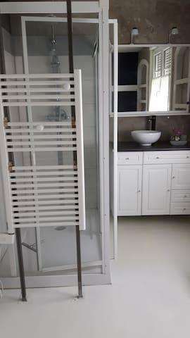 chambre style suite parentale - Sailly-Labourse - Дом