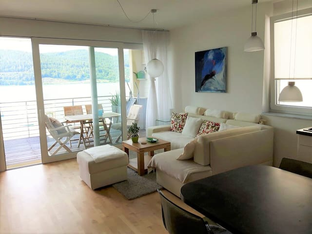 Great Hide-Away directly on the lake - Schiefling am See