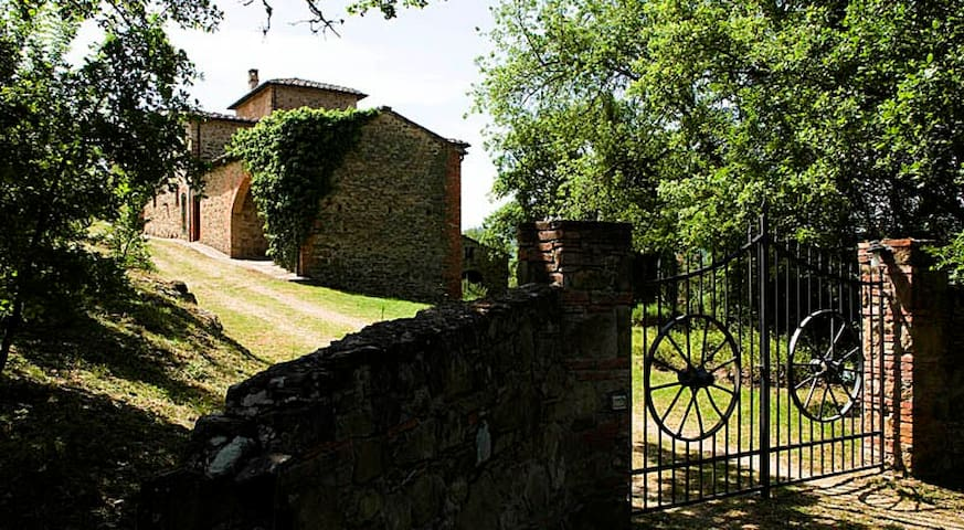 Villa Daina - private country house pet-friendly - Bucine - Villa