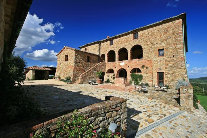 Luxury villa in Tuscany up to 25 people/12 bedroom - Anqua - Villa