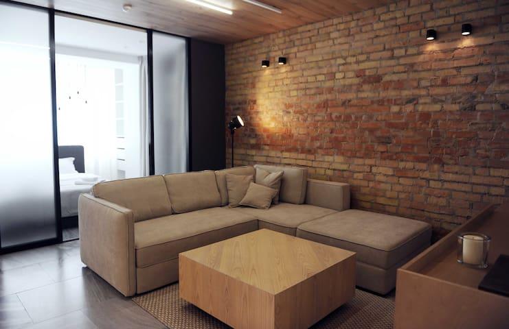 NEW Designer Loft in Kiev City Centre - 基輔