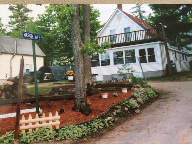 The Lake House at the Weirs - Laconia - Casa