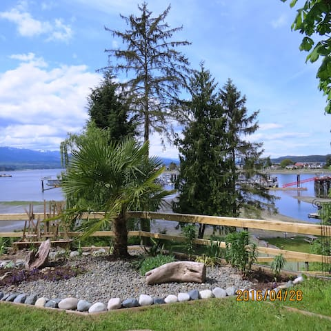 Relax, rejuvenate & recuperate at Deep Bay Retreat - Nanaimo H - Daire