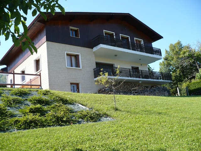 Independent furnished studio swimming pool terrace - Poisy - Huoneisto
