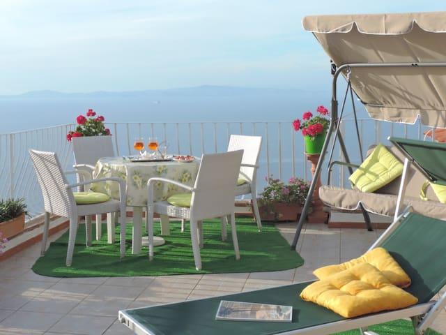 B&B - Il Bacio di Capri  (SEA and SUNSET VIEW) - Anacapri - Aamiaismajoitus