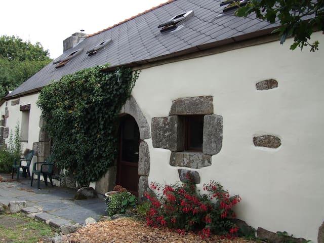 Goas Teriot Gite - Locarn - Huis