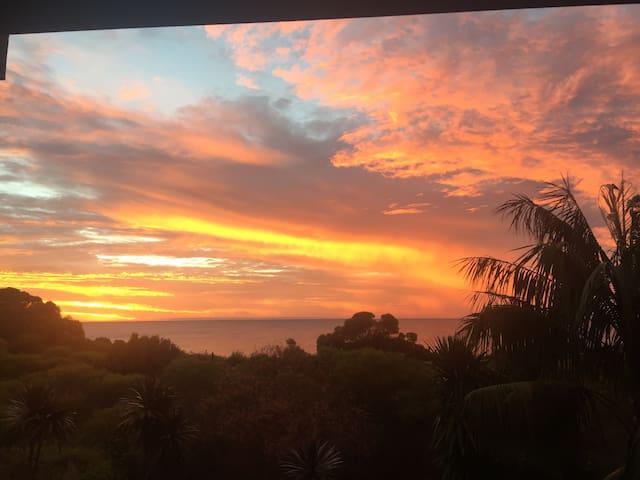 Luxury Beach front Resort home - Warnbro - Casa