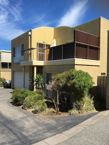 Sandy Bay Retreat - Aspendale - Casa
