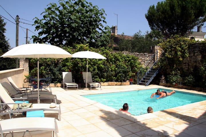 Lavender Cottage & pool, hour to Bordeaux/Bergerac - Puisseguin - Ev
