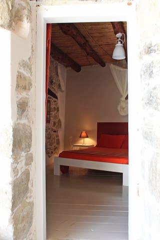 Pitsidia, House Ouranos, Apartment kokkinos - Pitsidia - Lägenhet