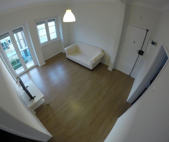 Ruben Cozy Apartment City Center Lisbon near metro - Lisszabon - Lakás
