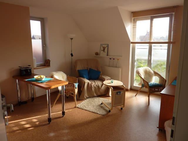 individuell, sonnig und ruhig - Lübeck - Apartamento